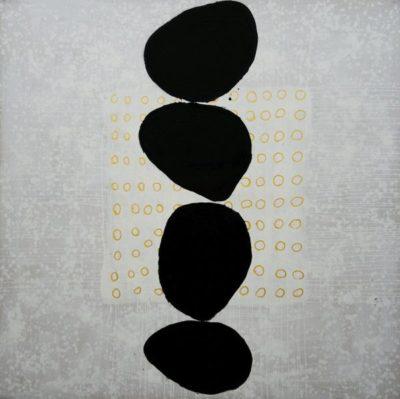 Artsy Kimonos contemporary art - Arena Martínez - Three Stones - 3