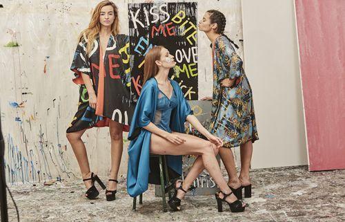 Papartus Tres mujeres con kimonos – 2