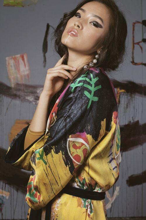 Sotomayor chica con kimono de flores – 2