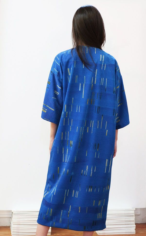 Artsy Kimono contemporary art - Arena Martínez - blue my mind - 1