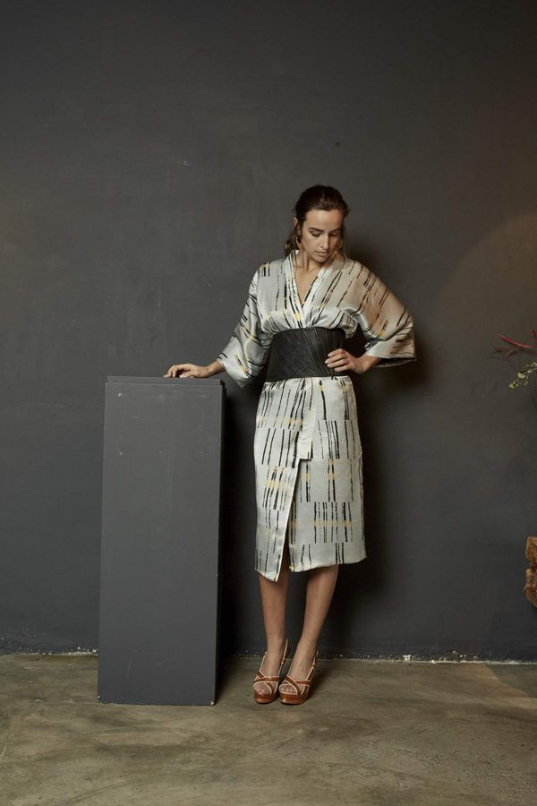 Artsy Kimono contemporary art - Arena Martínez - lmted White Add -long - 1