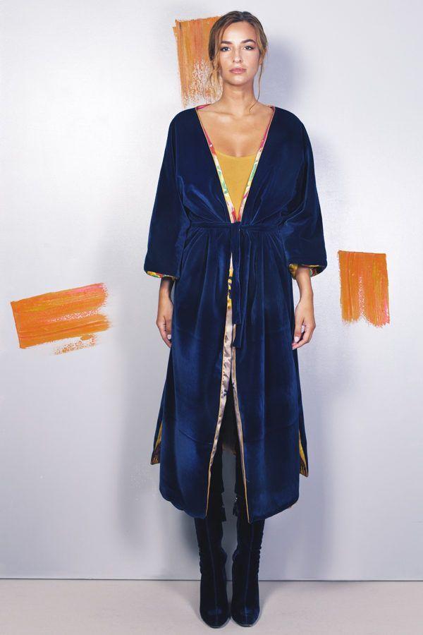 Artsy kimonos decorated with contemporary art-Arena Martinez-Serendipity Raining Yellow-2