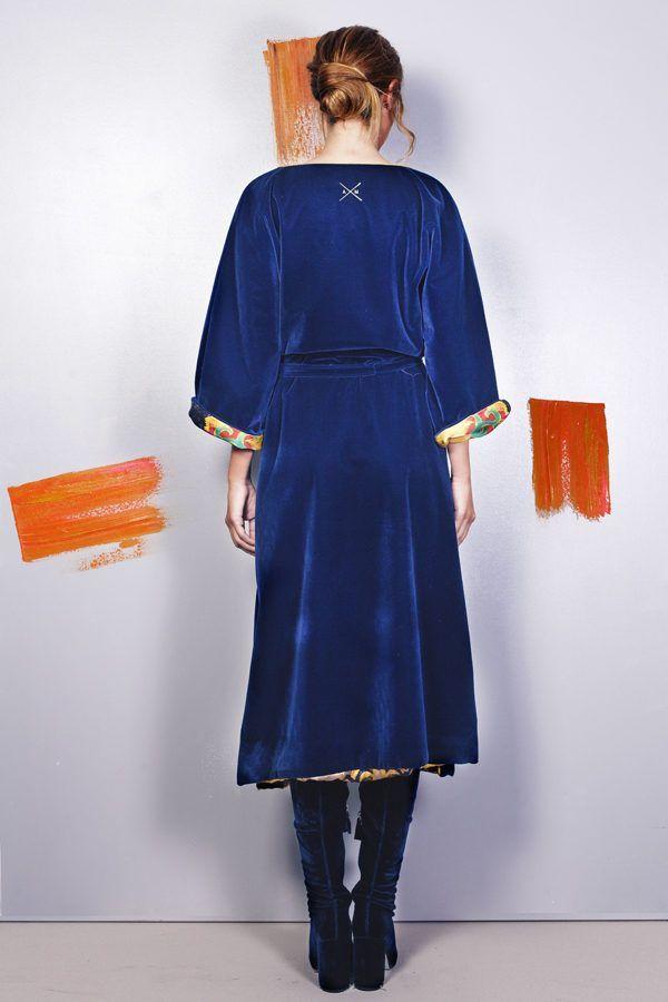Artsy kimonos decorated with contemporary art-Arena Martinez-Serendipity Raining Yellow-3
