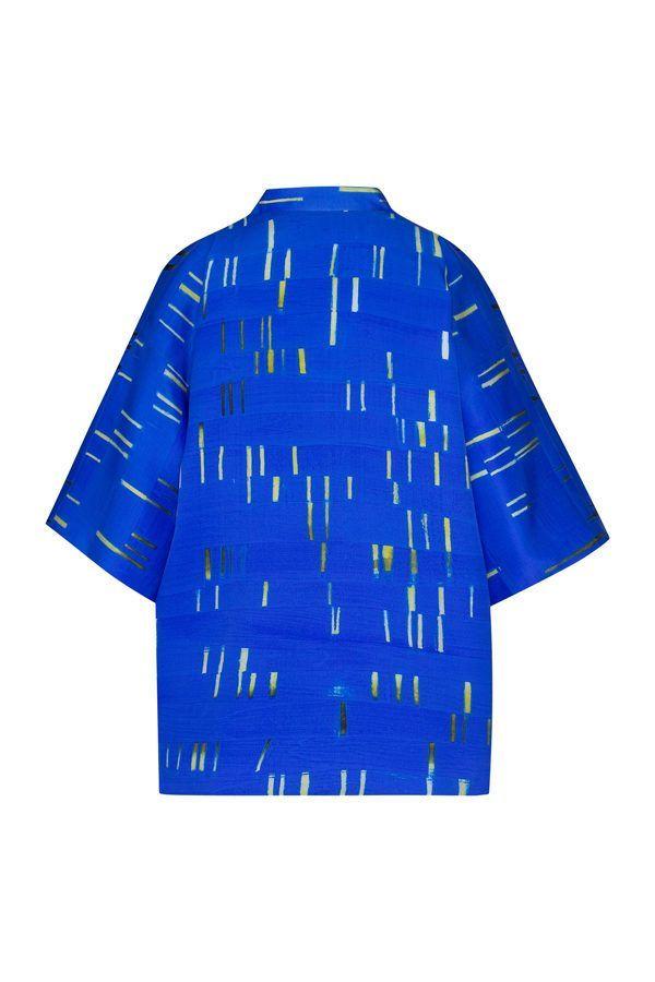 Artsy Kimono contemporary art - Arena Martínez - baby blue short - 2