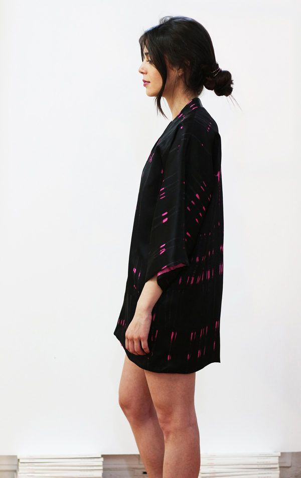 Kimono decorated with contemporary art - Arena Martínez - kimono queen in the night short -3