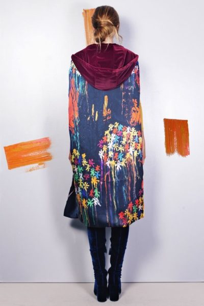 Artsy kimonos decorated with contemporary art-Arena Martinez-Serendipity Serendepity stars cape-1