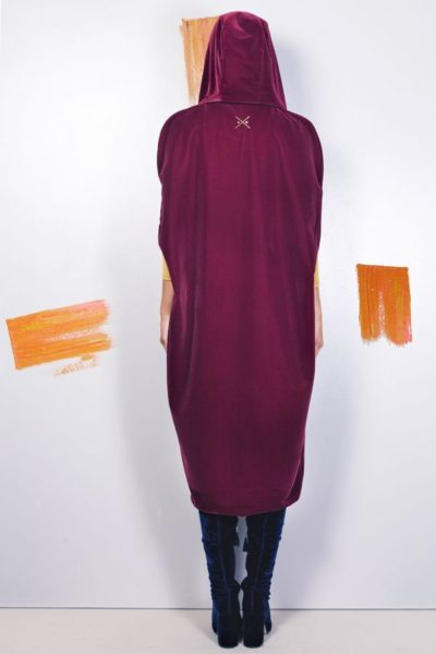 Artsy kimonos decorated with contemporary art-Arena Martinez-Serendipity Serendepity stars cape-3
