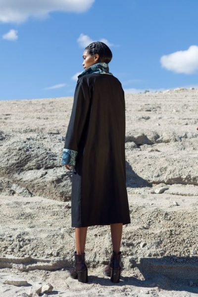 Abrigos exclusivos de marca - Arena Martínez Boutique online - Black french Coat-2