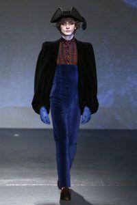 Contemporary art and fashion by Arena Martinez-Palomo Spain-blue