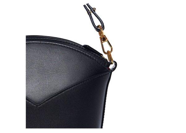 Bolsos exclusivos de piel decorados con arte contemporáneo - Arena Martínez - Black night Susi Bag