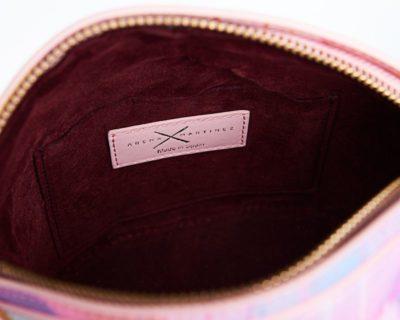 Bolsos exclusivos de piel decorados con arte contemporáneo - Arena Martínez - Baby pink Susi Bag-3