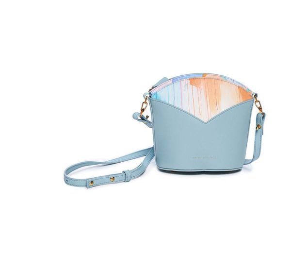 Bolsos exclusivos de piel decorados con arte contemporáneo - Arena Martínez - Blue Sky Susi Bag-3