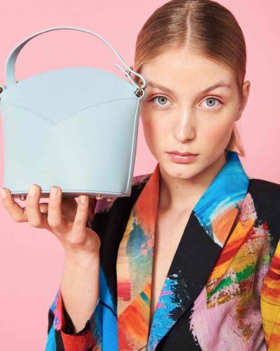 bolso azul clarito-moda espanola-diseno exclusivo-slow fashion-arena martinez