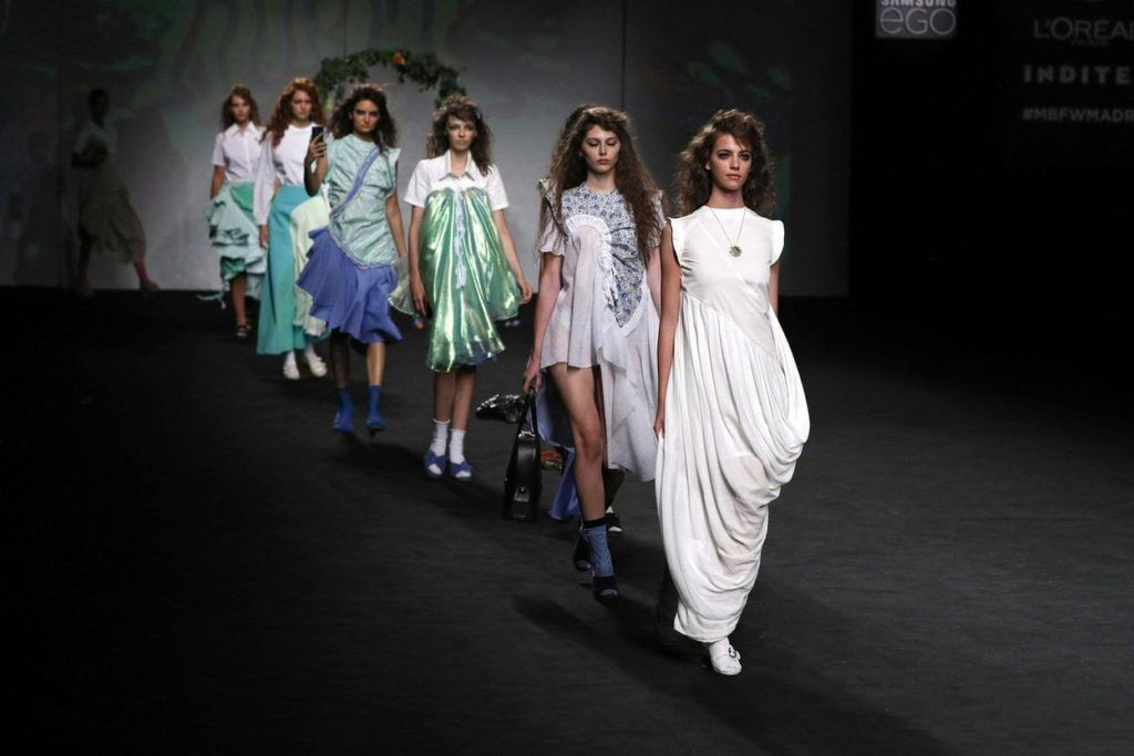 Slow fashion made in Spain by Arena Martínez - Mercedes Benz - Fashion Week - ss21 - 17