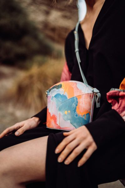 Exclusive Bags with Art - Arena Martinez - Candycrush - Susi Bag - Model - 3