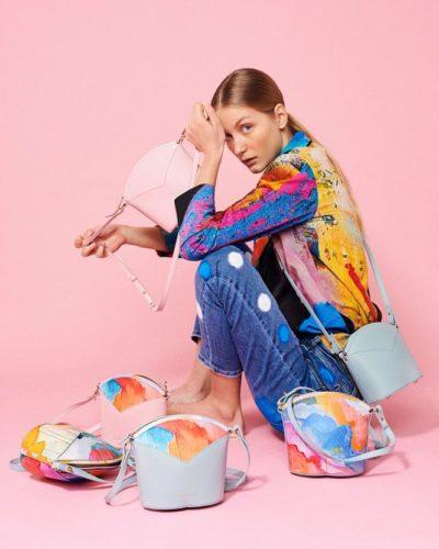 Exclusive Bags with Art - Arena Martinez - Pink Sky - Susi Bag - Model - 1